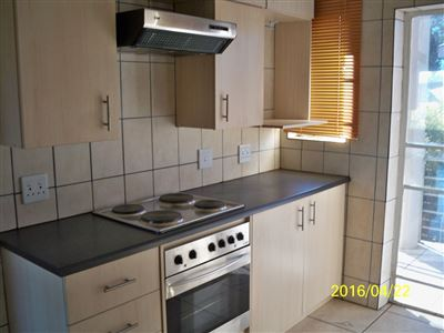 Noord Sentraal property for sale. Ref No: 13327703. Picture no 2