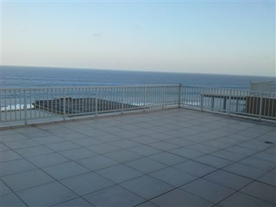 Apartment for sale in Umdloti Beach