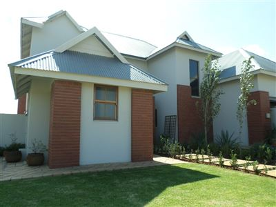 Parys property for sale. Ref No: 13328973. Picture no 2