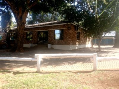 Rustenburg And Ext property for sale. Ref No: 13335753. Picture no 11