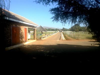 Rustenburg And Ext property for sale. Ref No: 13335753. Picture no 13
