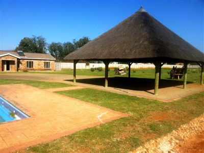 Rustenburg And Ext property for sale. Ref No: 13335753. Picture no 16