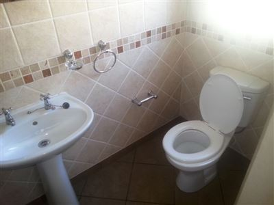 Rustenburg And Ext property for sale. Ref No: 13335753. Picture no 27