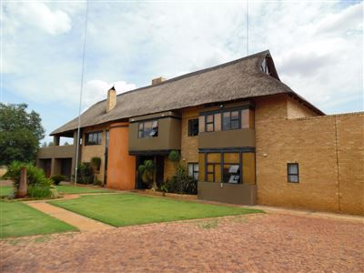 Raslouw property for sale. Ref No: 13335849. Picture no 1