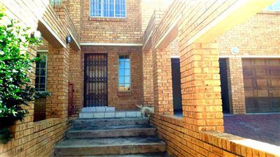 Rustenburg, Azalea Park Property  | Houses For Sale Azalea Park, Azalea Park, House 4 bedrooms property for sale Price:1,370,000