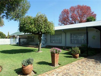 Parys property for sale. Ref No: 13394743. Picture no 1