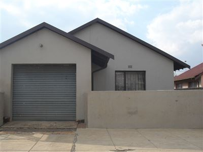Vosloorus And Ext property for sale. Ref No: 13326797. Picture no 1
