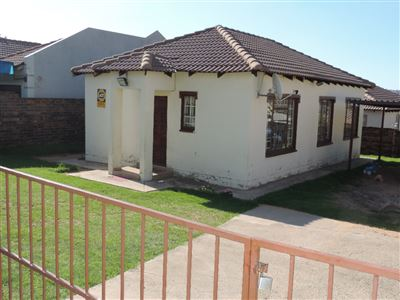 Witbank, Duvha Park & Ext Property  | Houses For Sale Duvha Park & Ext, Duvha Park & Ext, House 3 bedrooms property for sale Price:644,000