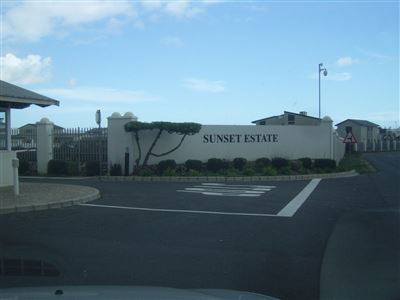 Sunset Estate property for sale. Ref No: 13339166. Picture no 1