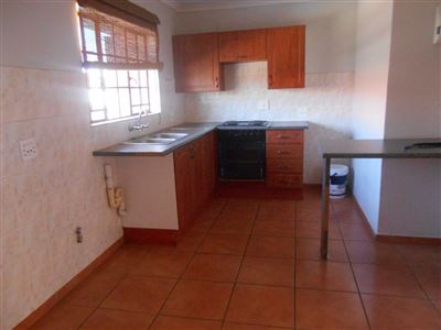 Potchefstroom, Bult West Property  | Houses For Sale Bult West, Bult West, Apartment 2 bedrooms property for sale Price:535,000