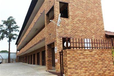 Bo Dorp property for sale. Ref No: 13340121. Picture no 1