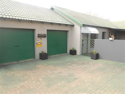 Witbank, Die Heuwel & Ext Property  | Houses For Sale Die Heuwel & Ext, Die Heuwel & Ext, Townhouse 3 bedrooms property for sale Price:1,400,000