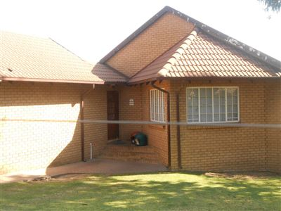 Witbank, Die Heuwel & Ext Property  | Houses For Sale Die Heuwel & Ext, Die Heuwel & Ext, House 2 bedrooms property for sale Price:1,098,999