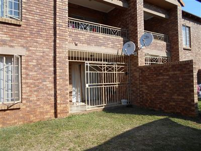 Pretoria, Karenpark & Ext Property  | Houses For Sale Karenpark & Ext, Karenpark & Ext, Flats 2 bedrooms property for sale Price:460,000
