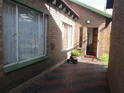 Witbank, Del Judor Property  | Houses To Rent Del Judor, Del Judor, Townhouse 2 bedrooms property to rent Price:,  6,50*