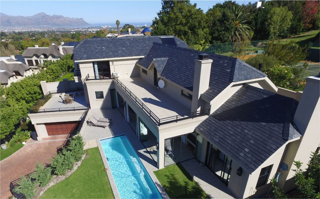 Luxury, Quality and Views in Blue Chip Estate!