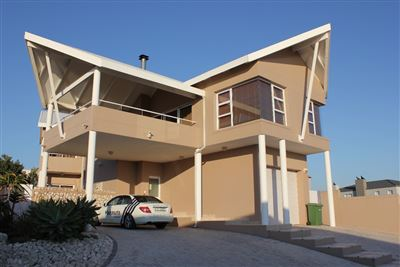 House for sale in Calypso Beach