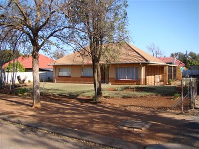 Stilfontein, Stilfontein Property  | Houses For Sale Stilfontein, Stilfontein, House 3 bedrooms property for sale Price:540,000