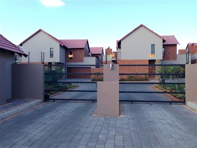 Bloemfontein, Wild Olive Estate Property  | Houses For Sale Wild Olive Estate, Wild Olive Estate, Townhouse 3 bedrooms property for sale Price:1,815,000