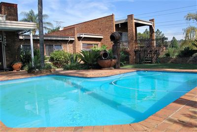 Property and Houses for sale in Moreletapark, House, 5 Bedrooms - ZAR 3,200,000