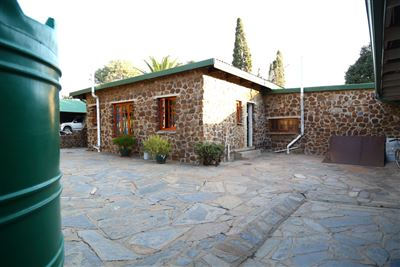 Mnandi for sale property. Ref No: 13346499. Picture no 21