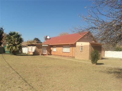 Vierfontein, Vierfontein Property  | Houses For Sale Vierfontein, Vierfontein, House 3 bedrooms property for sale Price:400,000