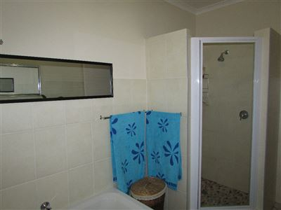 Umtentweni property for sale. Ref No: 13346819. Picture no 20