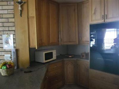 Parys property for sale. Ref No: 13349688. Picture no 24