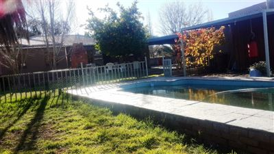 House for sale in Noordhoek