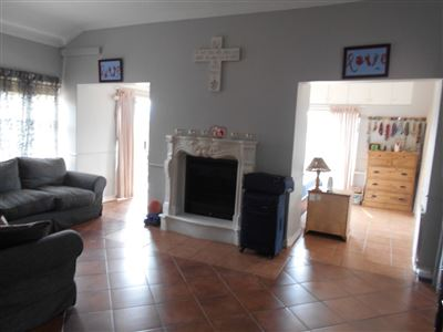 Melodie property to rent. Ref No: 13350768. Picture no 16