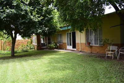 Waverley property for sale. Ref No: 13351179. Picture no 1