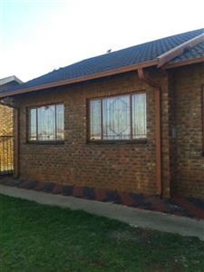 Potchefstroom, Ikageng Property  | Houses For Sale Ikageng, Ikageng, House 3 bedrooms property for sale Price:580,000