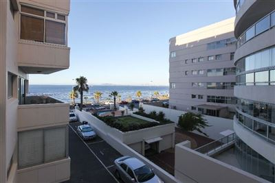 Mouille Point property to rent. Ref No: 13353848. Picture no 6