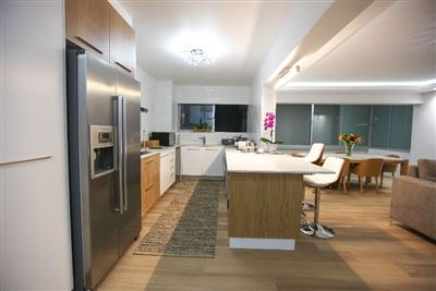 Mouille Point property to rent. Ref No: 13353848. Picture no 14