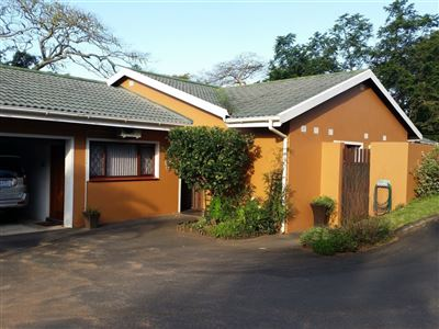 Property for Sale by Bulelwa Nqambi, Umtentweni, Townhouse 3 bedrooms property for sale Price:1,400,000