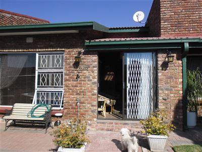 Parys property for sale. Ref No: 13400899. Picture no 1