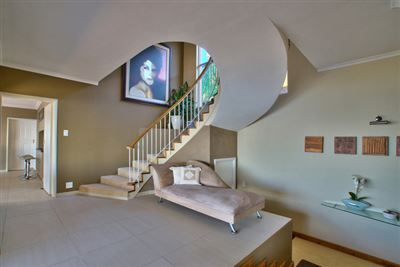 Fresnaye property to rent. Ref No: 13354555. Picture no 3