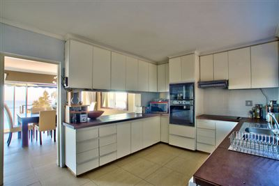 Fresnaye property to rent. Ref No: 13354555. Picture no 9