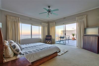 Fresnaye property to rent. Ref No: 13354555. Picture no 18