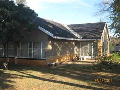 Wilkoppies property for sale. Ref No: 13379800. Picture no 1