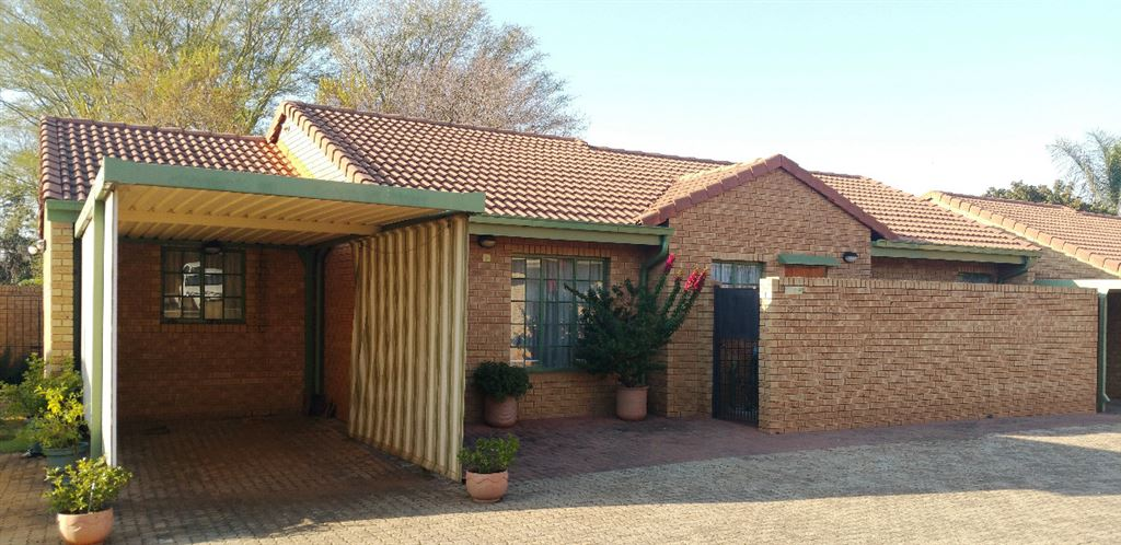 Ready to retire?  Then this is the one for you - Newlands
