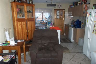 Middedorp property for sale. Ref No: 13355610. Picture no 2