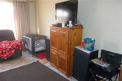 Middedorp property for sale. Ref No: 13355610. Picture no 3