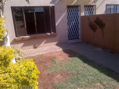 Middedorp property for sale. Ref No: 13355621. Picture no 3