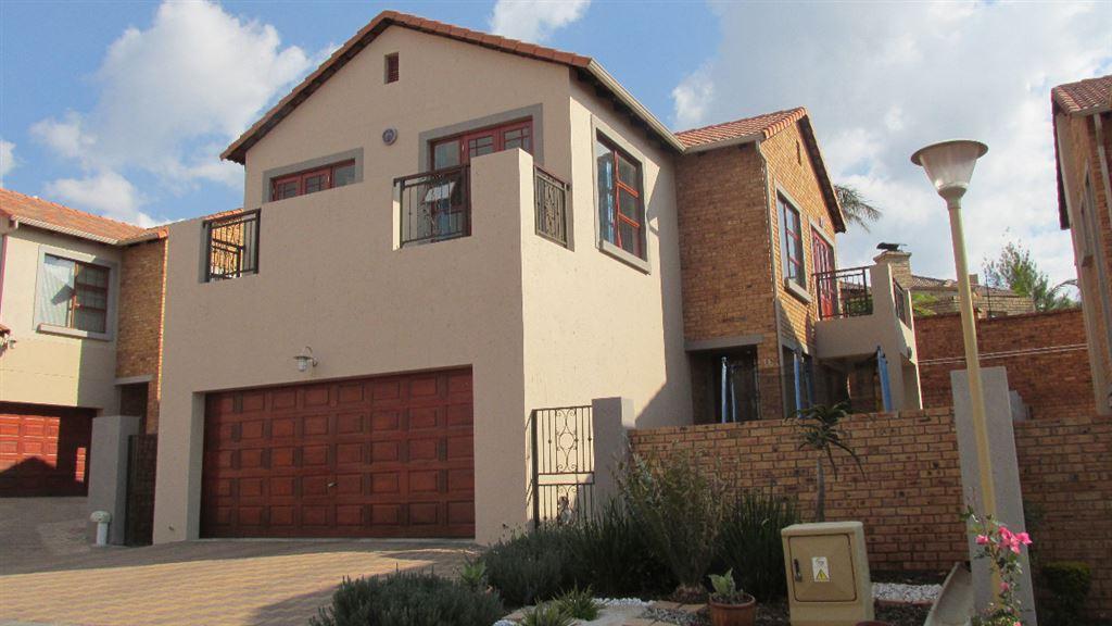219m² Fine Estate Living!