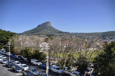 Cape Town City Centre property to rent. Ref No: 13356515. Picture no 3