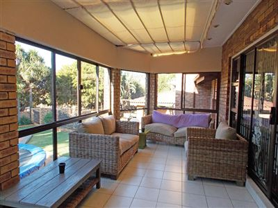 Roodepoort, Strubens Valley Property  | Houses For Sale Strubens Valley, Strubens Valley, House 6 bedrooms property for sale Price:2,450,000