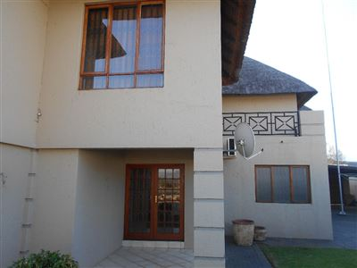 Hartbeespoort, Melodie Property  | Houses To Rent Melodie, Melodie, House 5 bedrooms property to rent Price:, 18,00*