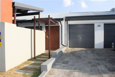 Witbank, Ben Fleur Property  | Houses For Sale Ben Fleur, Ben Fleur, Townhouse 3 bedrooms property for sale Price:1,080,000