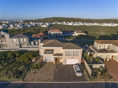 Calypso Beach property for sale. Ref No: 13279708. Picture no 1